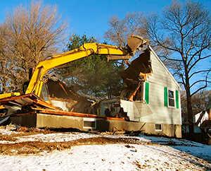 Демонтаж частных домов в Санкт-Петербурге