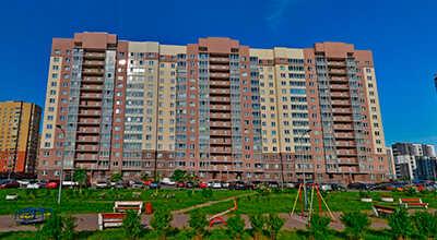 19 многоподъездных жилых домов